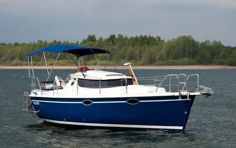 Czarter łodzi Motorowej Bez Patentu Ogrzewanie Prysznic